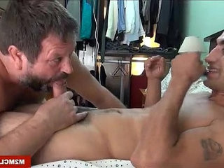 Hung dude Fucking an english bear | bears best   dudes   fucking   hung hq   latinos man