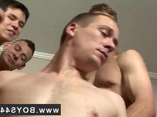 Gay solo cum on chest Kriss Kross the Bukkake Boss   boss  bukkake  cums  gays tube  solo tv